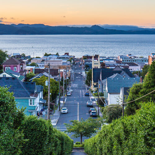 image of Astoria Oregon and the Columbia River